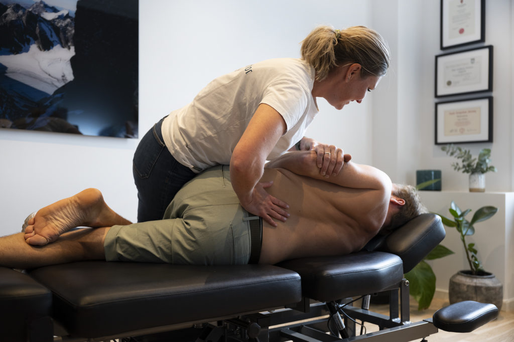 Korsryggsmerter behandlet av kiropraktor